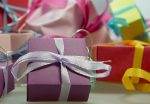 shopping-christmas-packages